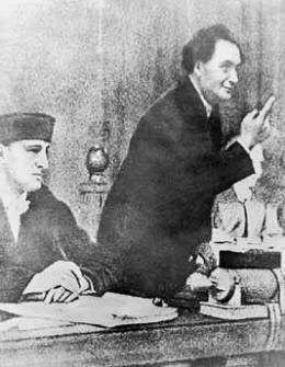 Ο Δημητρώφ απευθύνεται προς το δικαστήριο