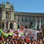 Αυστρία: Ψηφίστηκε το 12ωρο στη Βουλή -Πανηγυρίζουν οι βιομήχανοι