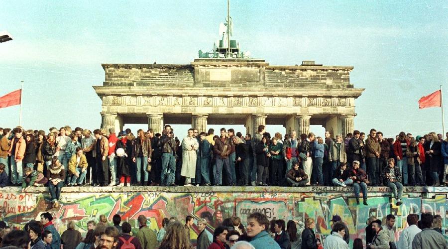Αποτέλεσμα εικόνας για το Τείχος του Βερολίνου