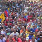 Βενεζουέλα: τα βίντεο που δεν είδατε στα δελτία ειδήσεων