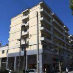 Τον πρώτο ξενώνα αστέγων έφτιαξε ο Πελετίδης στην Πάτρα