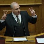 Ο βουλευτής Μπογδάνος ζητάει αποζημίωση 28.000 από πολίτη για ανάρτηση και σχόλια στα κοινωνικά δίκτυα